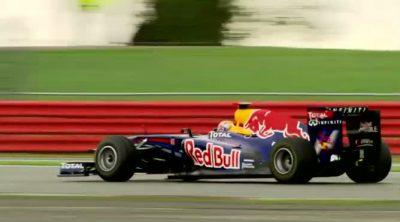 Jean-Eric Vergne pilotó el RB7 de Red Bull en Silverstone