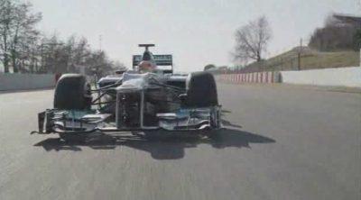 Imágenes del Mercedes W03 en el Circuit de Catalunya