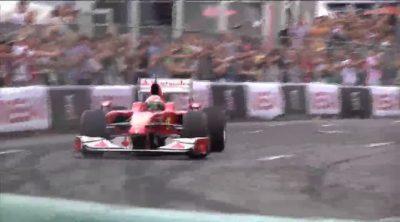 Ferrari y Giancarlo Fisichella en el 'Moscow City Racing'