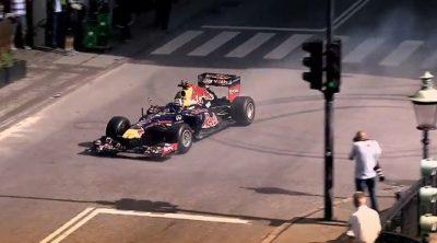 David Coulthard rodó con el RB6 por las calles de Copenhague