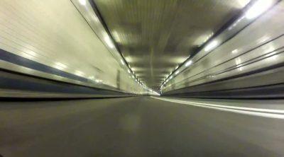 Red Bull Racing cruza el Túnel Lincoln de Nueva York