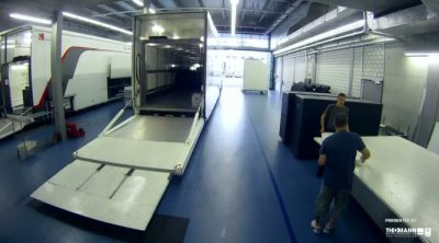 'Time-Lapse': Así carga Sauber sus camiones para las carreras europeas