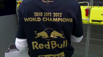 Red Bull celebró sus títulos de 2012 en Milton Keynes