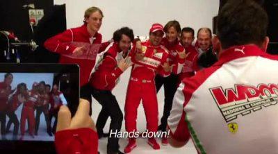 Sesión de fotos con Alonso y Massa en el 'Wrooom 2013'